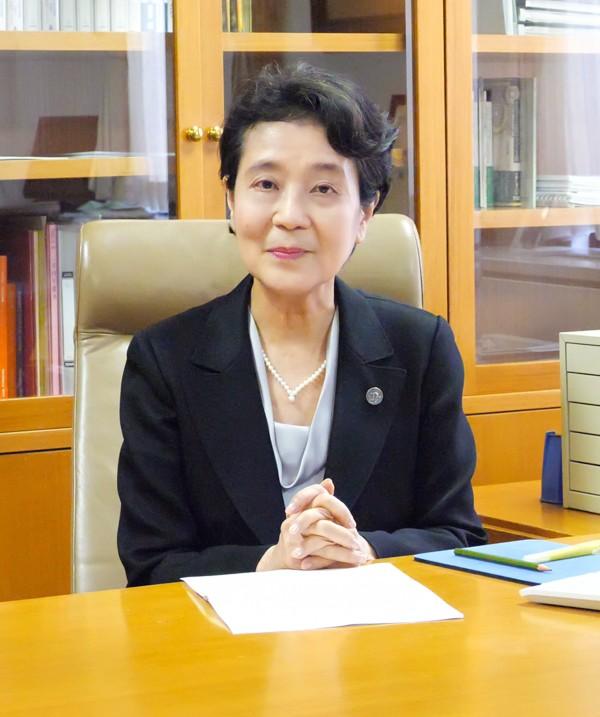【恵泉】新入生・保証人の皆さまへ~学長からのビデオメッセージ